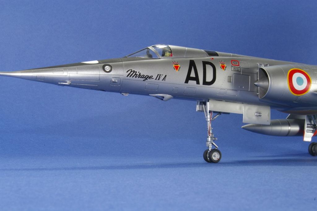 Mirage IVA Heller 1/48ème - Vitrine Imgp6921