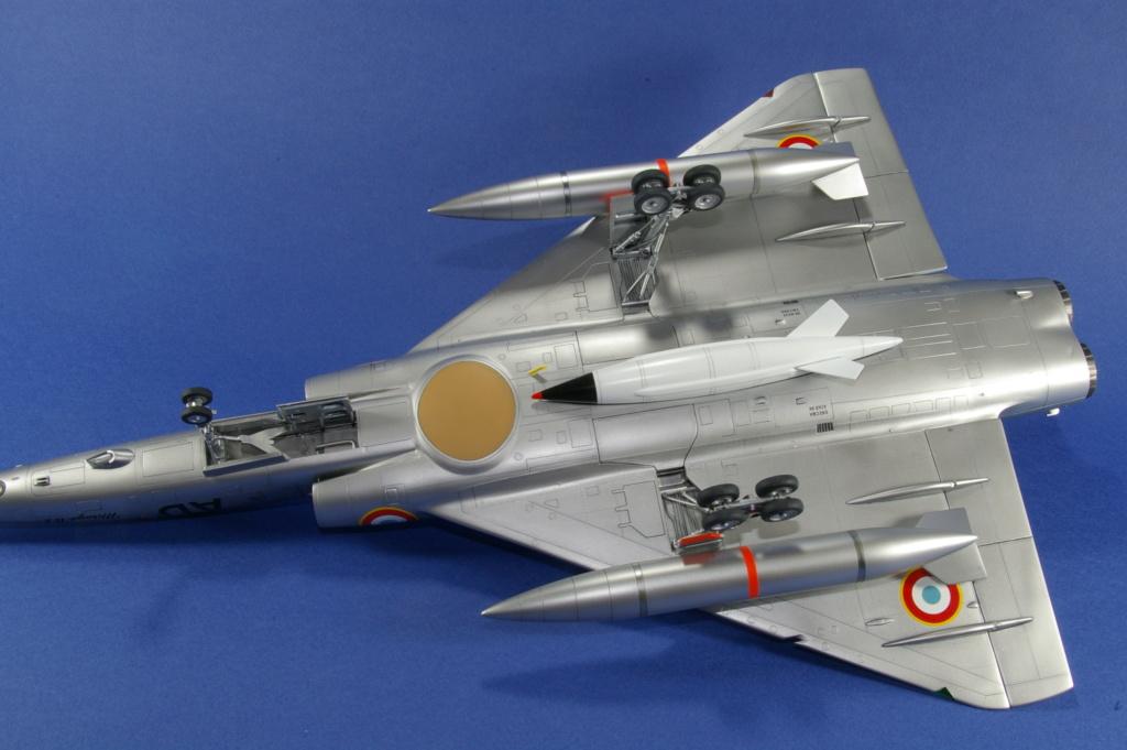 Mirage IVA Heller 1/48ème - Vitrine Imgp6922