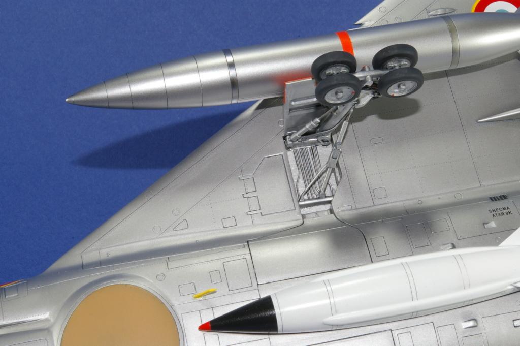 Mirage IVA Heller 1/48ème - Vitrine Imgp6924