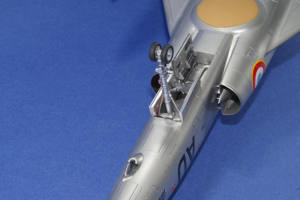 Mirage IVA Heller 1/48ème - Vitrine Imgp6928