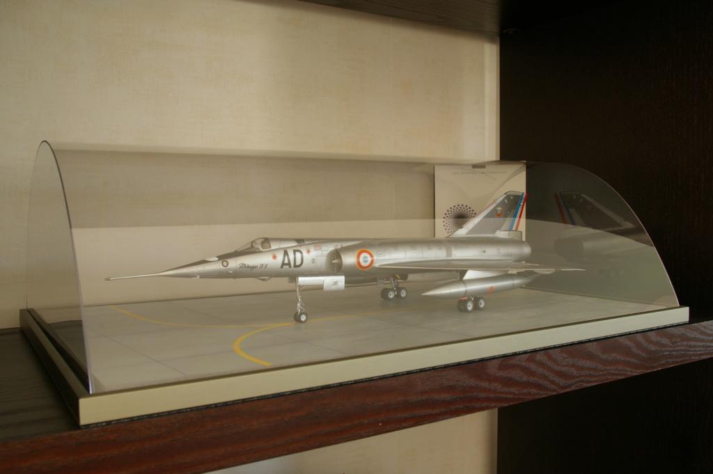 Mirage IVA Heller 1/48ème - Vitrine Imgp7110