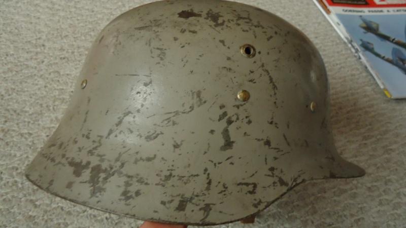 casque espagnol 42 Dsc03275