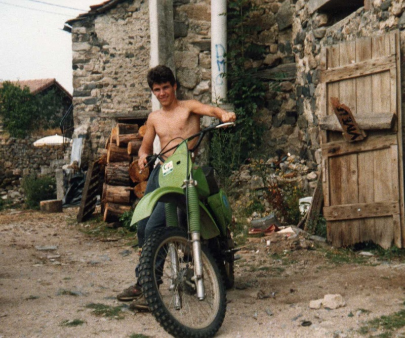 APRES LES EX, LES PREMIÈRES !! Moto0012