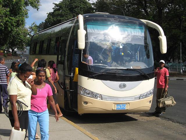 El castigo de viajar en Yutong 33926610