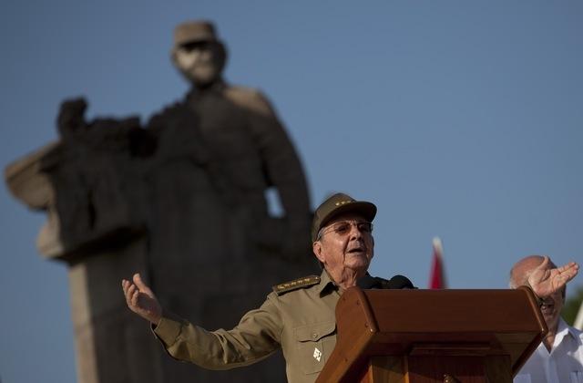 Los dos contrasentidos de Raúl Castro Ar-30710