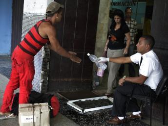 Segnalati casi di colera a Cuba (con muertos tambien en la capital) - Pagina 2 Cuba-c11