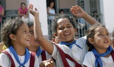 Asi son los niños en Cuba F0074410