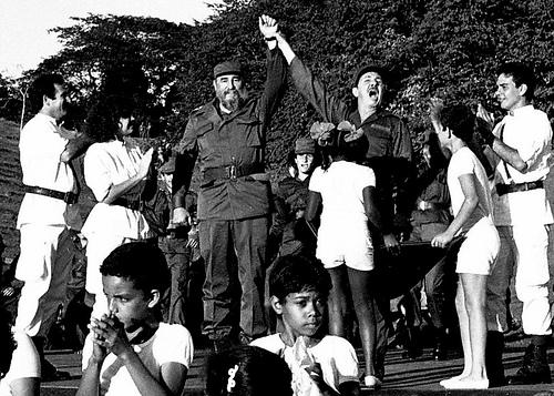 Jóvenes reafirman en Cinco Palmas apoyo a la Revolución Cubana  Fidel-10