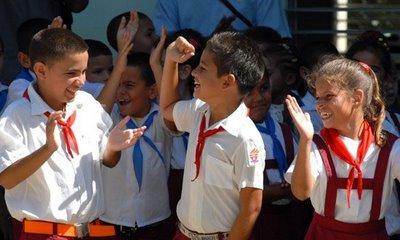 Asi son los niños en Cuba R2008114