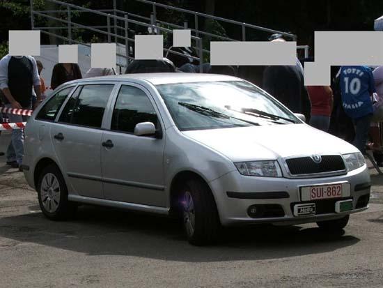Skoda au service de la police Dyn00310