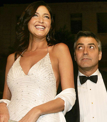 George Clooney George Clooney George Clooney! - Page 5 21454210