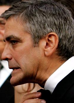 George Clooney George Clooney George Clooney! - Page 5 7839910