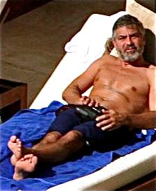 George Clooney George Clooney George Clooney! - Page 7 George27