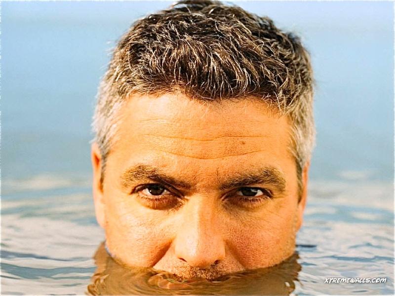 George Clooney George Clooney George Clooney! - Page 7 George30
