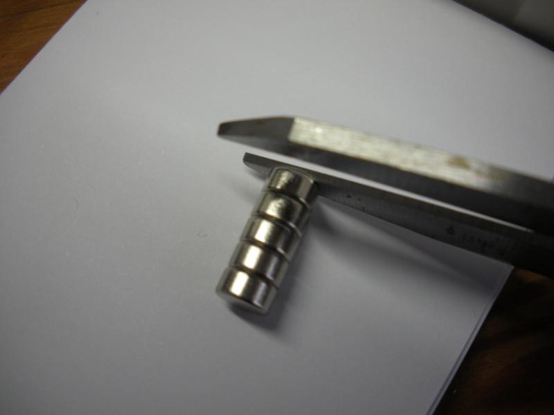 [TECHNIQUE DEBUTANT] [TRACER] Craies de tailleurs , crayon, roulette à craie et Cie - Page 3 Dscn4323
