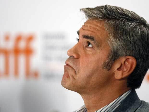 George Clooney George Clooney George Clooney! - Page 4 George10