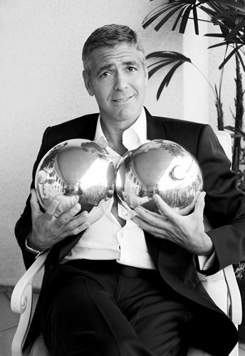 George Clooney George Clooney George Clooney! - Page 6 Room410