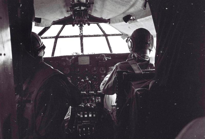 """[Les anciens avions de l'aéro] Hydravion SHORT """"SUNDERLAND"""" - Page 3 00000110"""