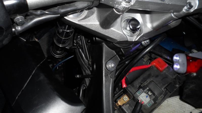 [CR] Changement câble d'embrayage Sam_1119