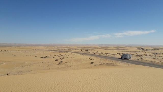 [Carburant, Routes, Police]   Est il  intéressant d'aller jusqu'à TAN TAN Maroc_21
