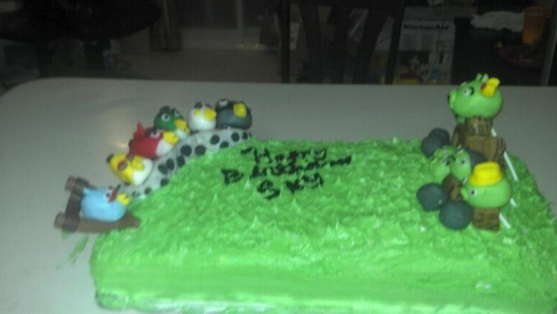 pinks cakes  42221410