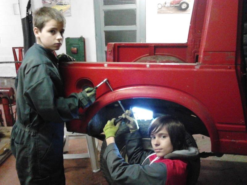 et un nouveau de plus dans le garage Img_2012