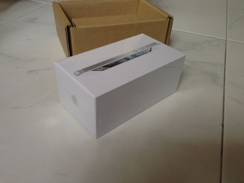 WTS new white iphone 5 32GB Iphone10