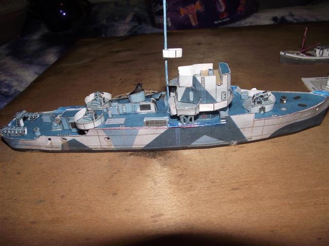 card modelling ambrose  Dscf3611