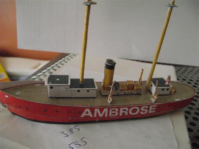card modelling ambrose  Dscf3615