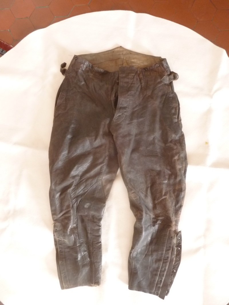 Pantalon de cuir P1040112