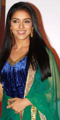 Shraya Malhotra  Asin_c10