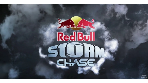 RED BULL STORM CHASE - c'est parti !!! Red-bu10