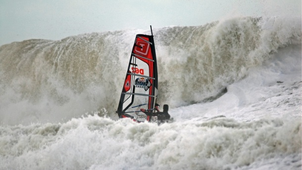 RED BULL STORM CHASE - c'est parti !!! Redbul11