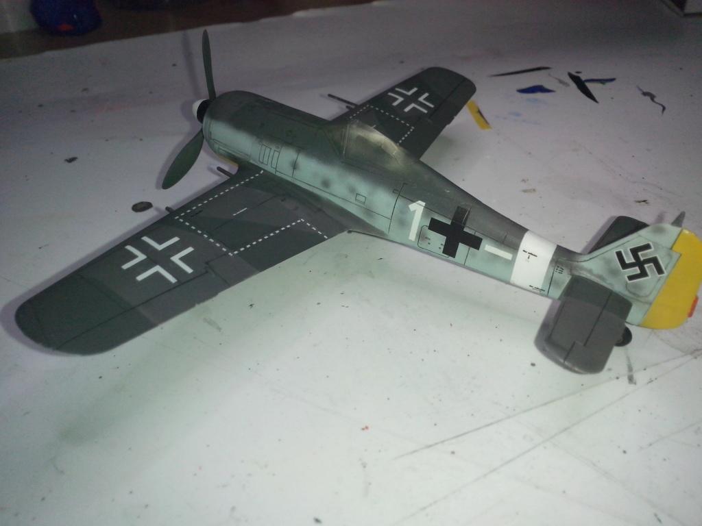 FW-190 A4 (ZVEZDA) - Page 3 Img_2181