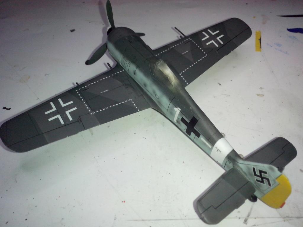 FW-190 A4 (ZVEZDA) - Page 3 Img_2182