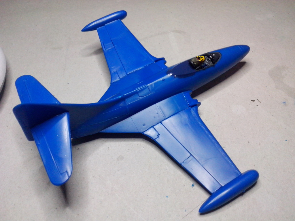 F-9 PANTHER F-5 Blue Angels (Revell) 1/72 Img_2444