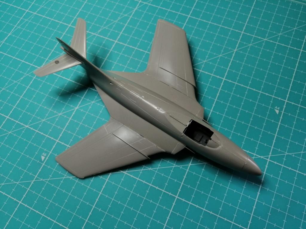 F9F-8 COUGAR Blue Angels (Hasegawa) 1/72 Img_2500
