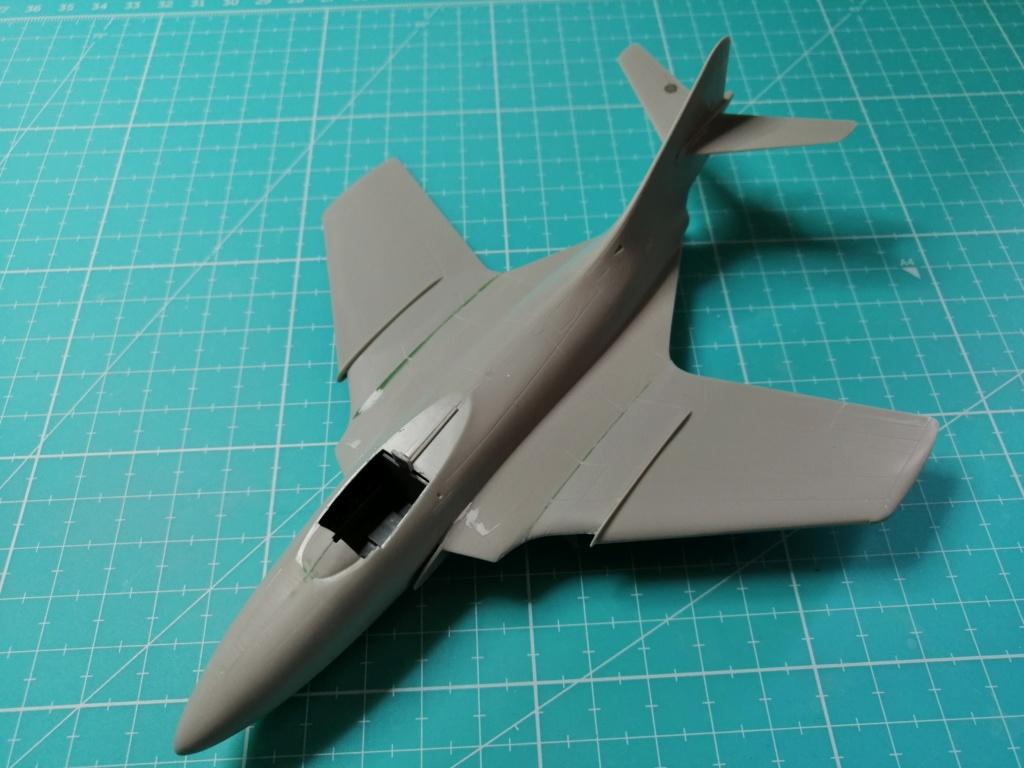 F9F-8 COUGAR Blue Angels (Hasegawa) 1/72 Img_2505