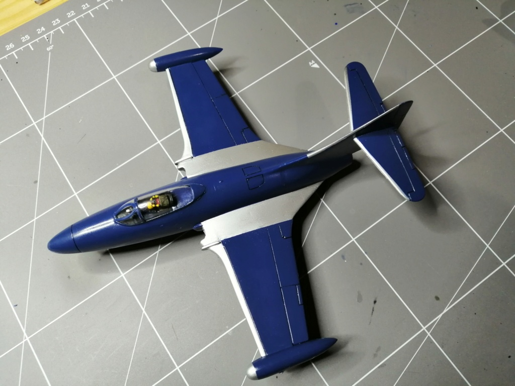 F-9 PANTHER F-5 Blue Angels (Revell) 1/72 - Page 2 Img_2544