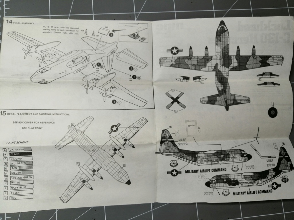 "C-130 Hercules Blue Angels 1/72 ""MPC"" Img_2559"