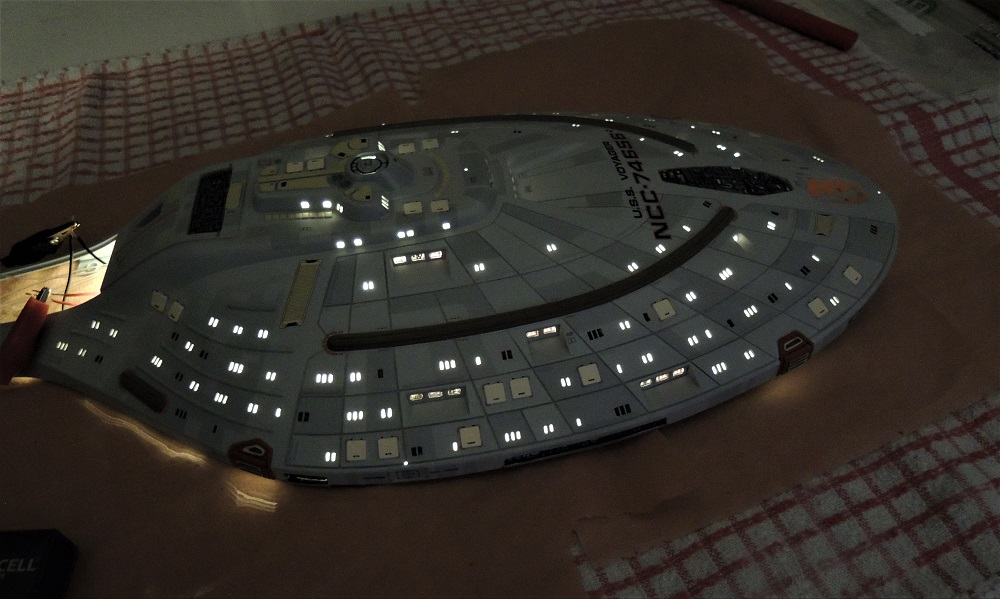 USS Voyager / REVELL - Page 4 7310