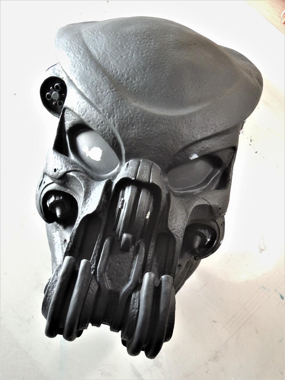 Gun à Plasma et lance de Predator Dscn7313