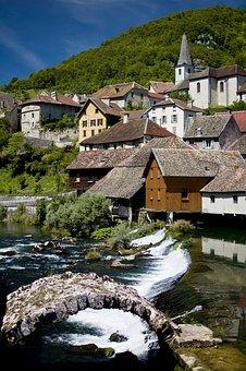 Le Doubs 25 location vacances Touris37