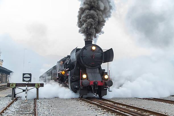 Le train miniature H0, H0e, N en 2R ou 3R, Marklin, ROCO ou JOUEF N10
