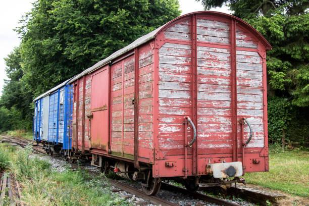 Le train miniature H0, H0e, N en 2R ou 3R, Marklin, ROCO ou JOUEF U10