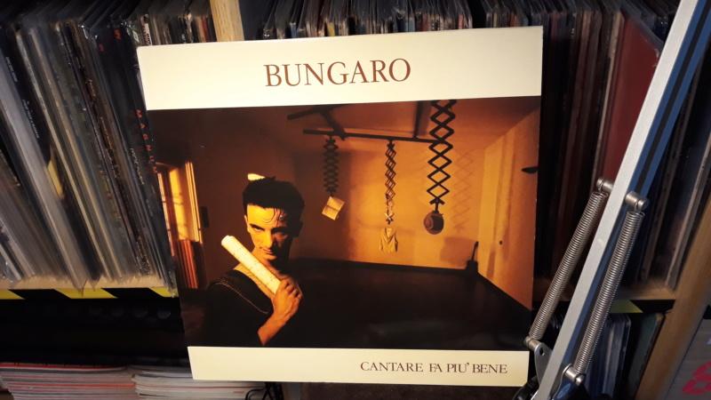 dischi belli, dischi meritevoli, dischi curiosi, dischi... per cui vale la pena mettersi lì ad ascoltare.... 2019-419