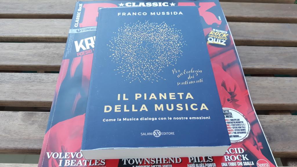 Letture musicali: Cosa stiamo leggendo in questo periodo? - Pagina 3 20201034