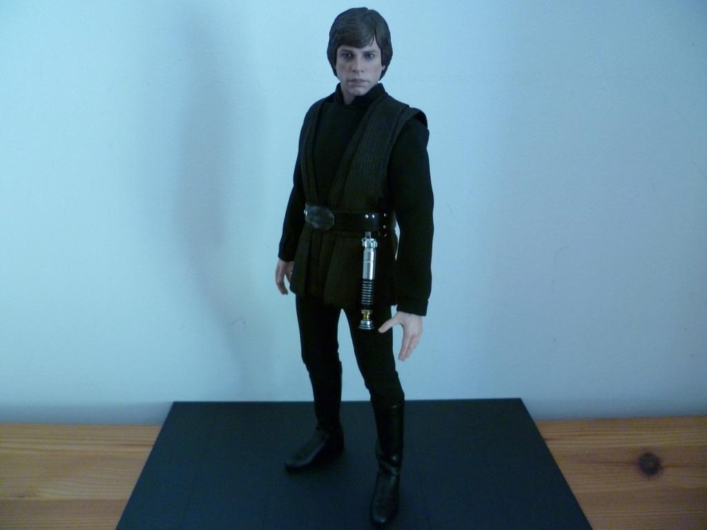 MMS429: Star wars - RETURN OF THE JEDI : Luke Skywalker - Page 2 P1040610
