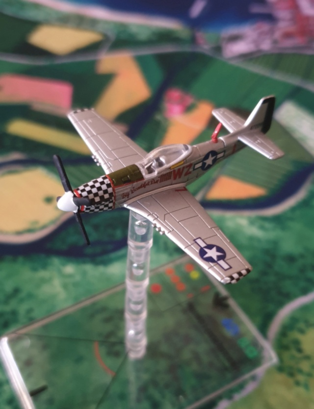 """From Spitfire, Me Bf 109 E, FW190 A, F4U Corsair, P-51 """"Blood Red Skies"""" to Wings Of Glory 20200841"""