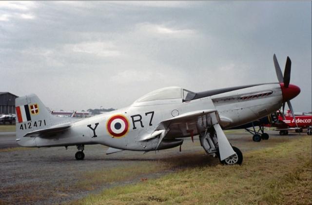 NORTH AMERICAN P-51 MUSTANG 20200938